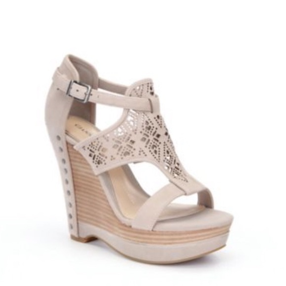 5b404938d Gianni Bini Women s Laser Cut Wedge Sandals